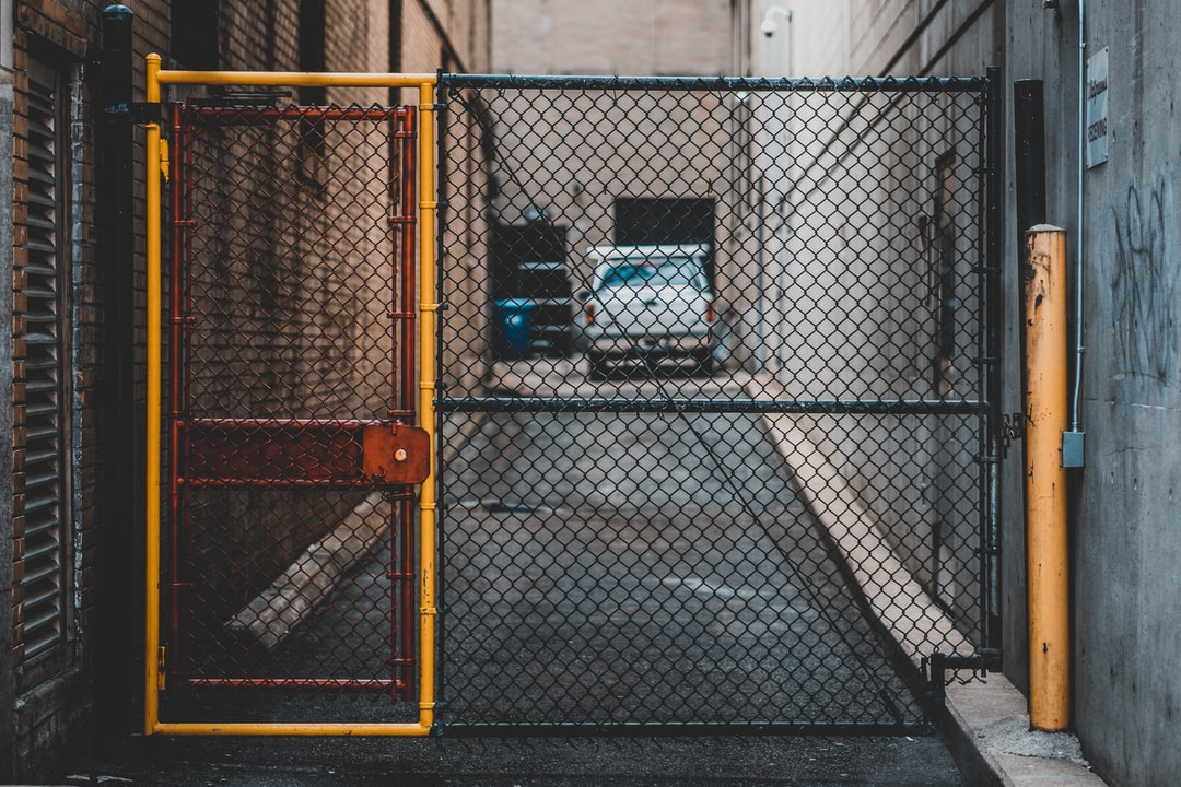 Consider the Following Factors When Selecting Parking Lot Barrier Gates